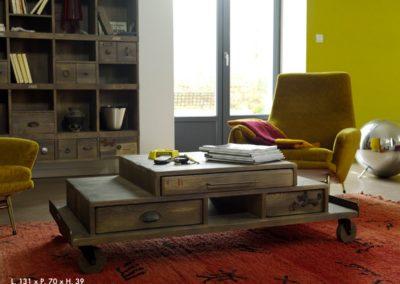 table de salon histoire à tiroirs