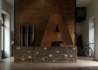 meuble d'appoint histoire à tiroirs